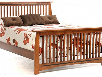 Vineyard Slat Bed